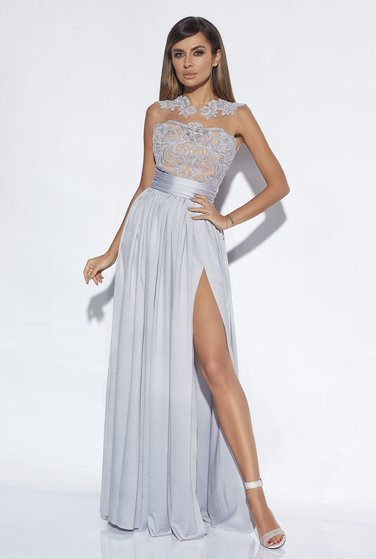 SELENA - GREY GOWN WITH LACE