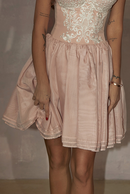 LEENA - PINK CORSET DRESS WITH EMBROIDERY